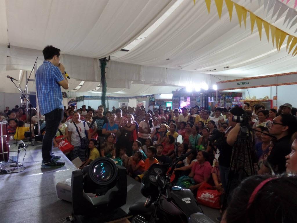 The VoiceMaster Entertains Attendees of the Sari Sari Summit 2015