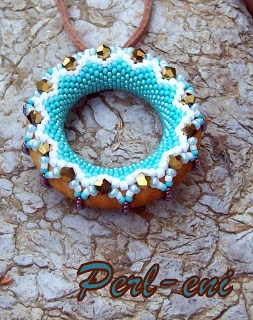 beaded shower ring