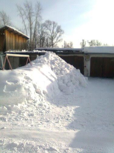 Снега мало не бывает