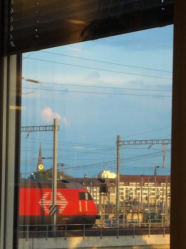 Lokomotive SBB auf dem Viadukt Zürich-West