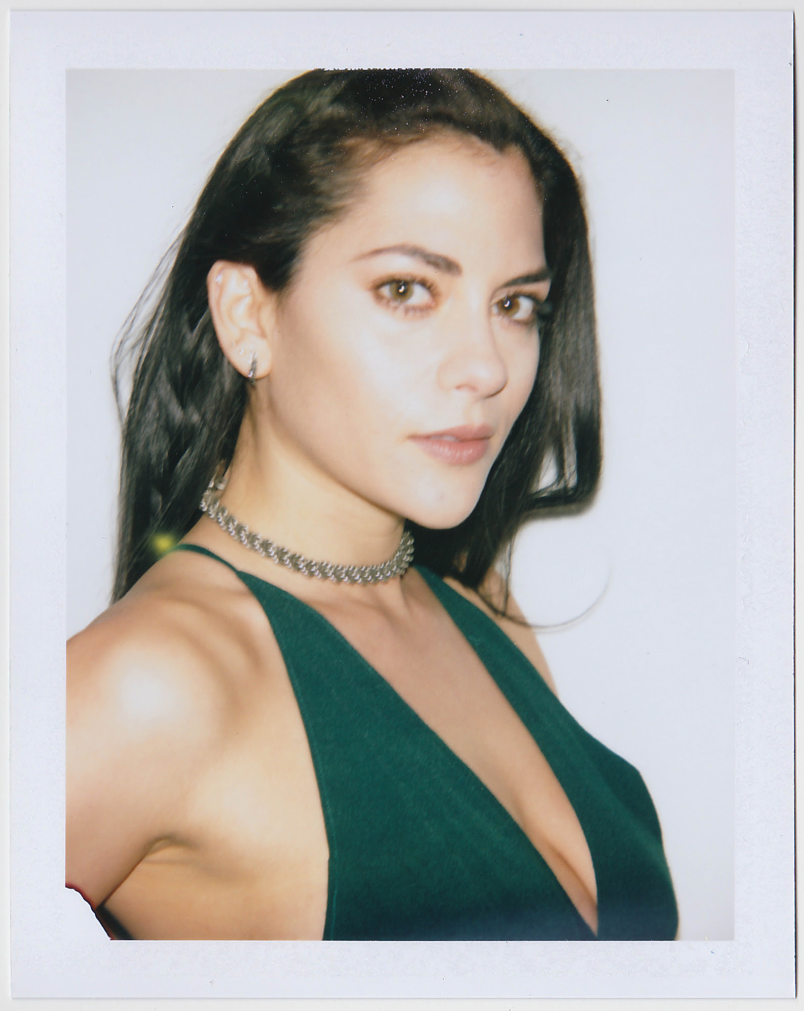 Actress Inbar Lavi Talks Imposters, Her Beauty Routine ...