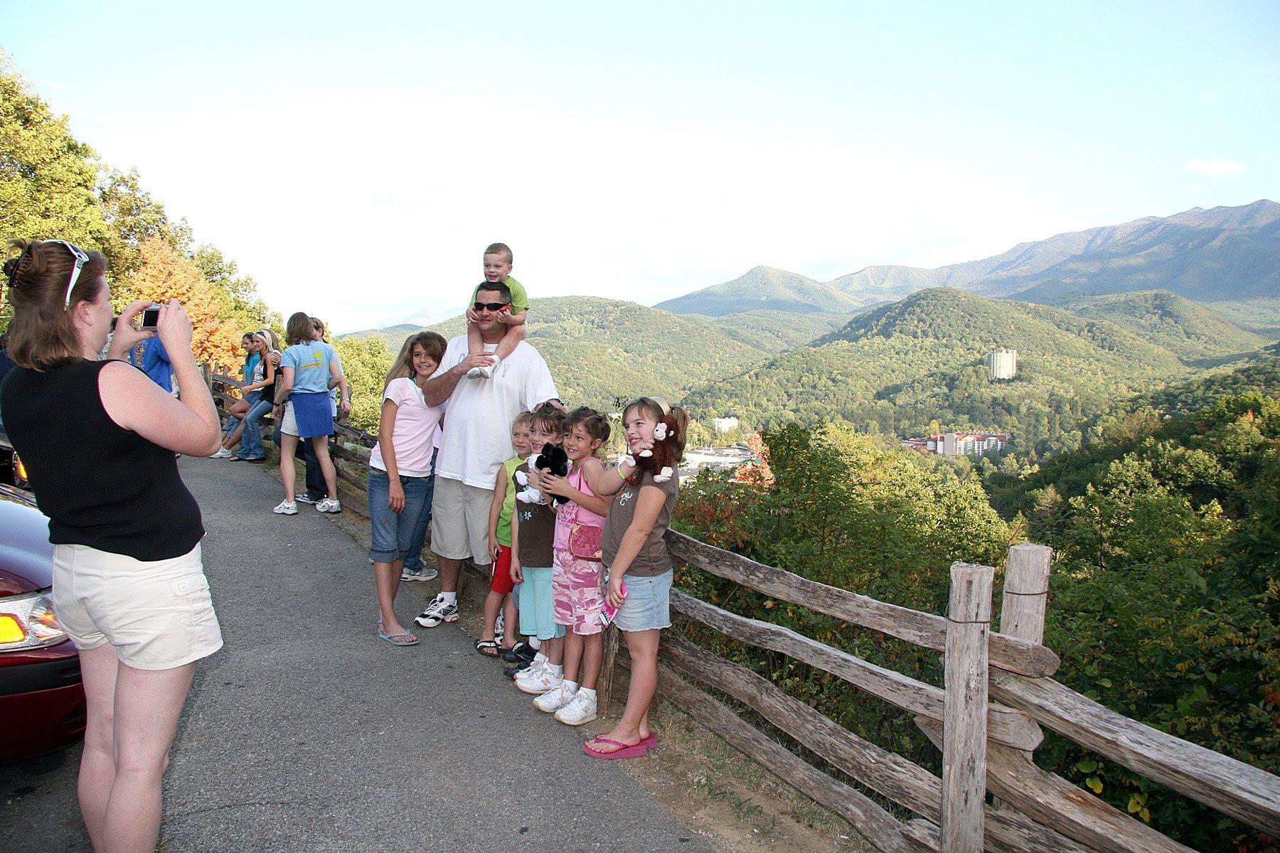 10 Fun and Free Family Activities in Gatlinburg, TN ...