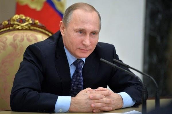 http://img.aws.la-croix.com/2015/12/17/1393973/Le-president-russe-Vladimir-Poutine-9-decembre_1_730_400.jpg