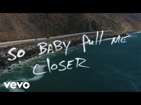 THE CHAINSMOKERS – CLOSER