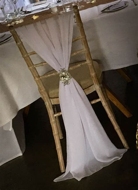 White Chiavari Chair Drape   elfoccasions.co.uk