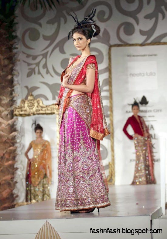 Indian-Pakistani-Bridal-Wedding-Dress-Bridal-Couture-fashion-Show-on-Ramp-