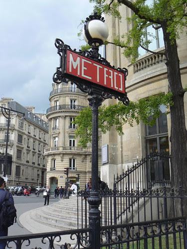 métro Iéna.jpg