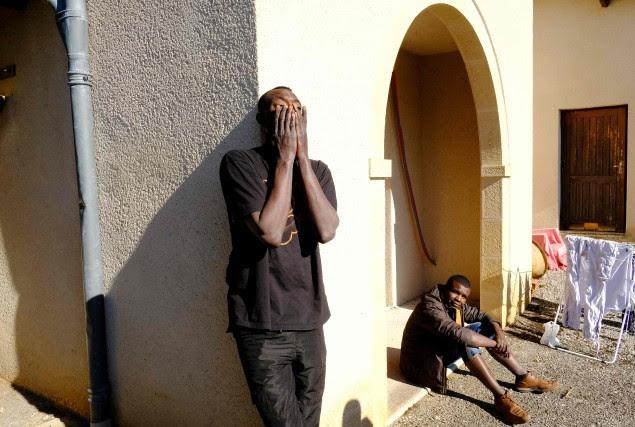 Environ 5000 adultes ont été évacués ces derniers... (PHOTO AFP)