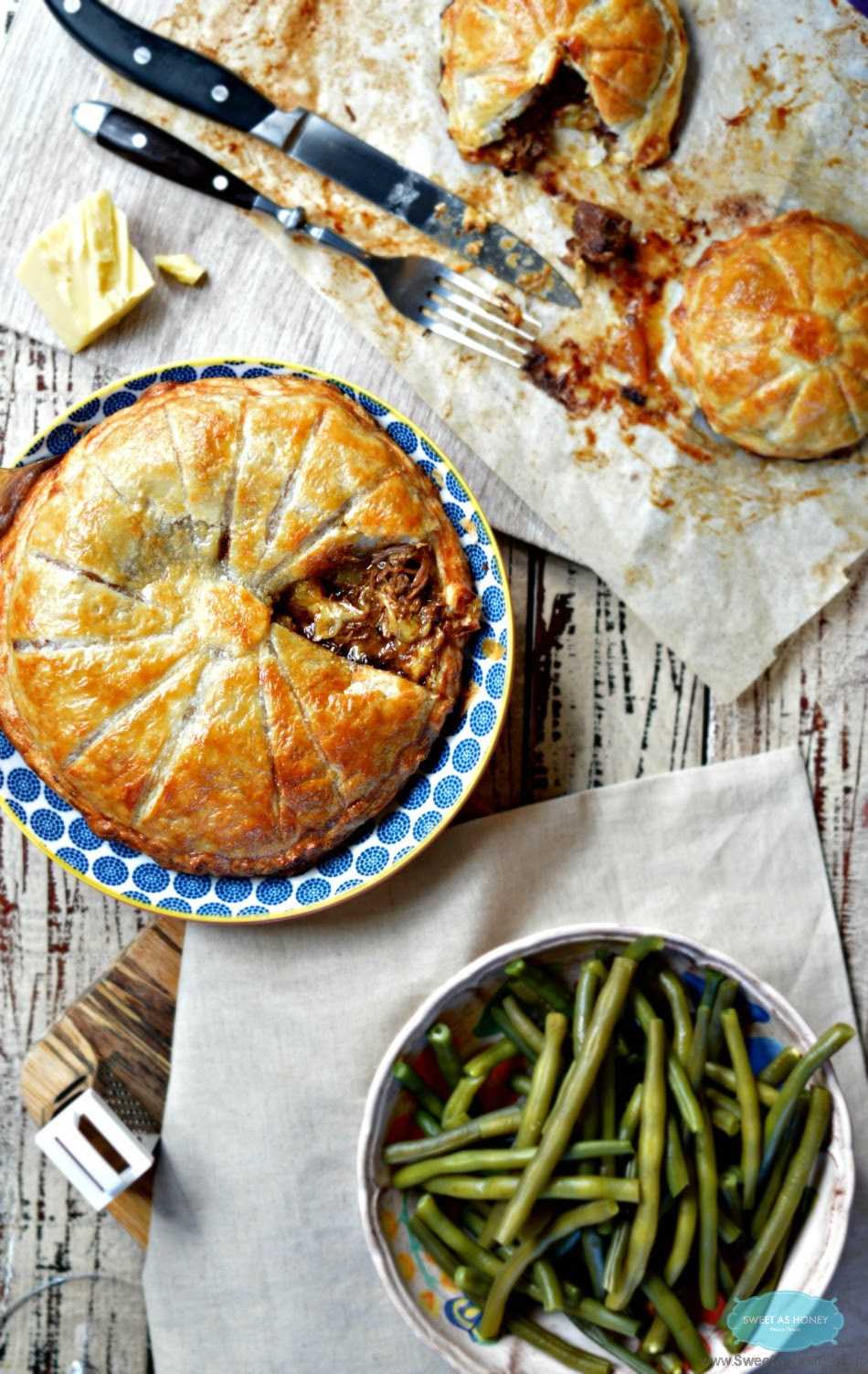 Steak Pie with cheddar|An easy meat pie recipe - SWEETASHONEY
