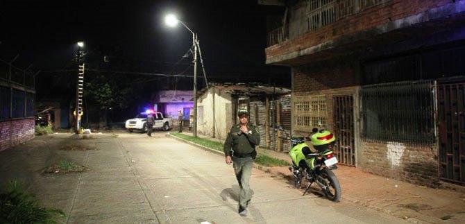 Iluminación de parques y vías contribuyen en la seguridad de la comuna 15