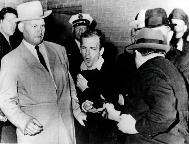 http://stateofthenation2012.com/wp-content/uploads/2014/11/Lee-Harvey-Oswald-main-624x475.jpg