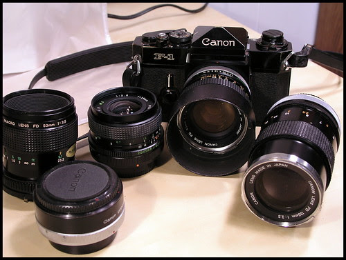 Canon F-1 outfit