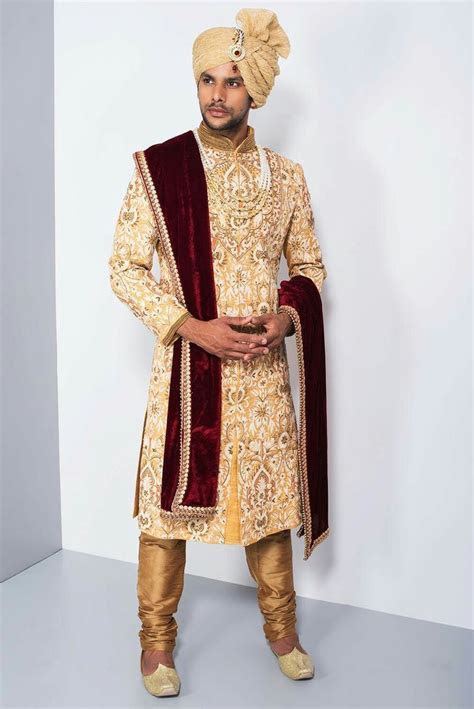 Indian Wedding Dresses For Men   Groom Wear Sherwani