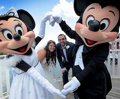 What Is It Like to Get Married at Walt Disney World?