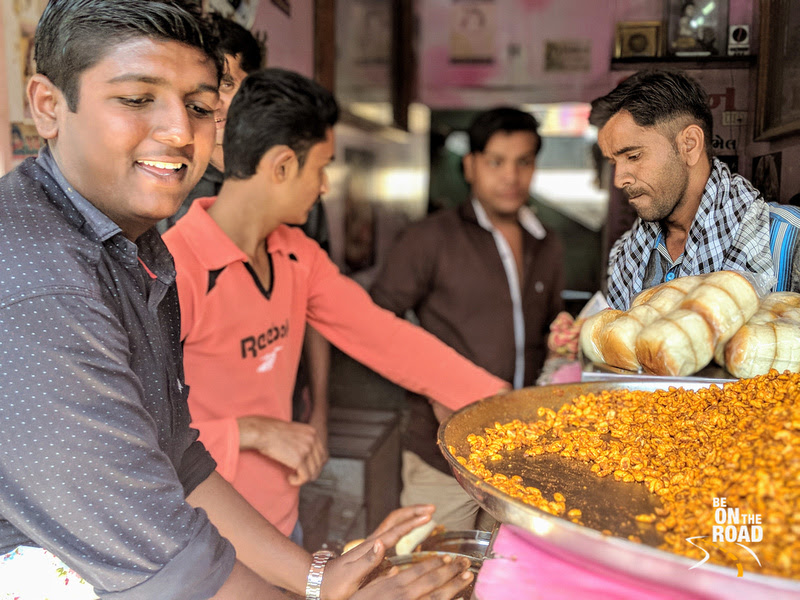 The man who creates Dabeli, the burger of Kutch
