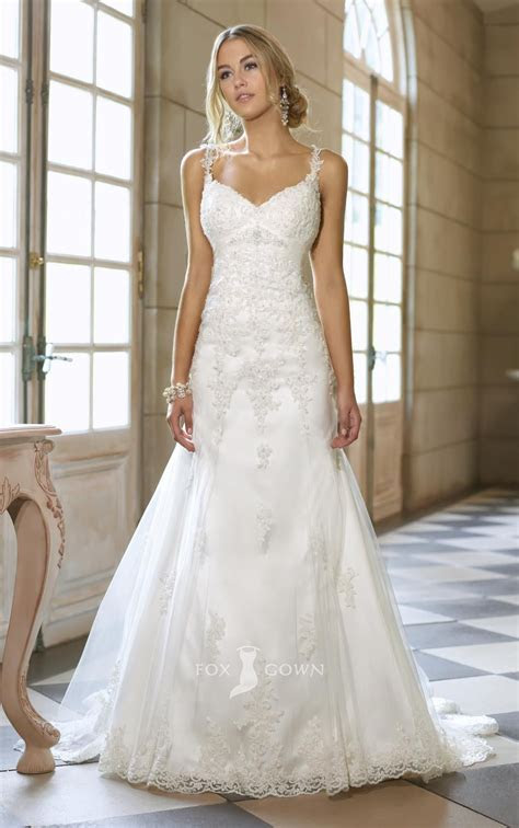 elegant lace overlay spaghetti strap sleeveless a line v