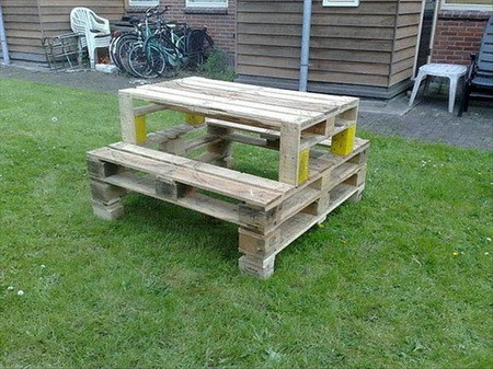 DIY Wooden Pallet Projects - 25 Fun Project Ideas | RemoveandReplace.