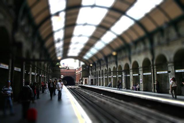 Notting Hill Gate Tube TS