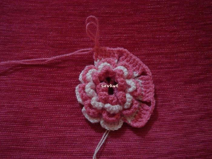 tie crochet flowers (700x525, 311Kb)
