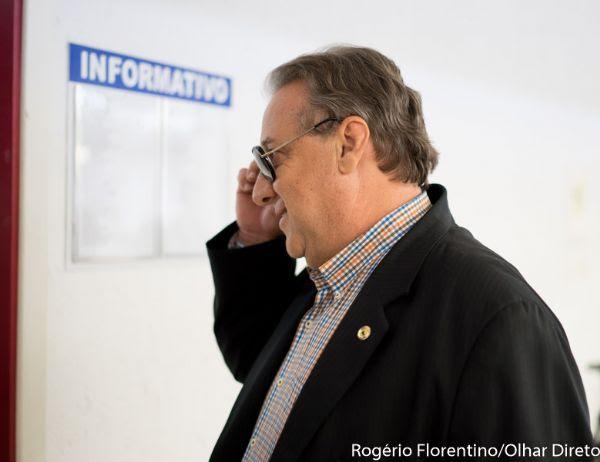 Romoaldo diz orar por liberdade de Riva e vê culpa de todos os deputados em suposto rombo milionário na AL