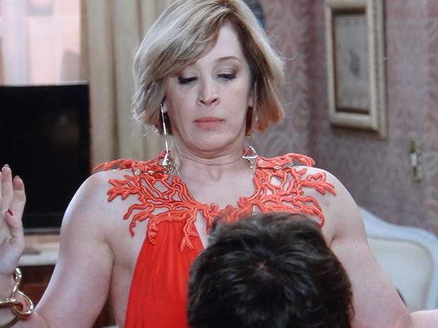 Samantha finge que vai ajudar o médico a ser livrar de Castilho (Foto: TV Globo)