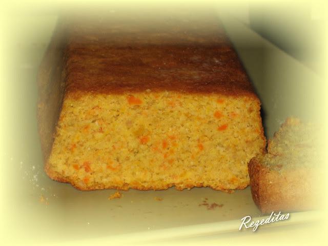 CAKE DE ZANAHORIA Y AVELLANAS