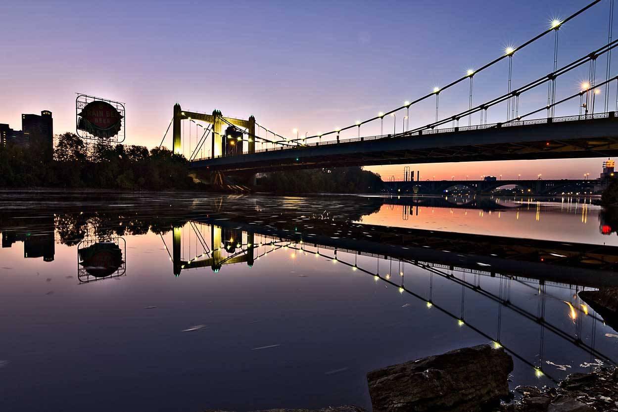 http://stuffaboutminneapolis.tumblr.com/post/131841031659/twincitiesseen-bridge-city-early-morning-walk