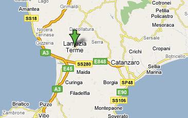 Ucciso e bruciato davanti casa in Calabria