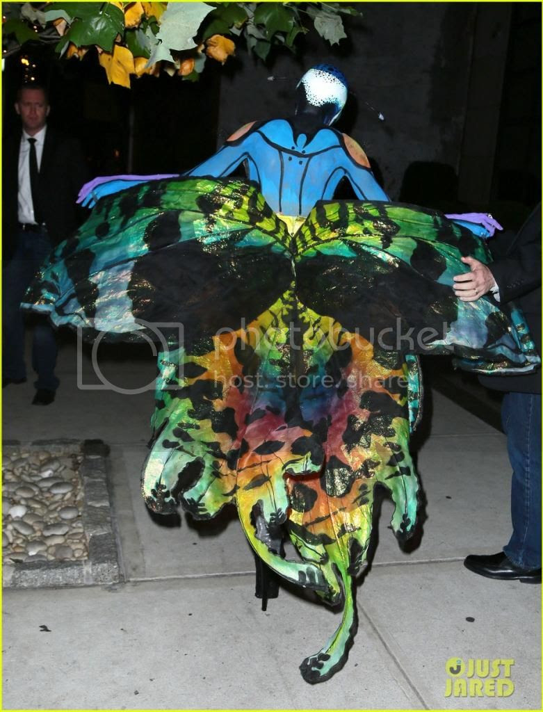 Heidi Klum Butterfly  Halloween 2014 Costume photo heidi-klum-butterfly-halloween-costume-2014-back.jpg
