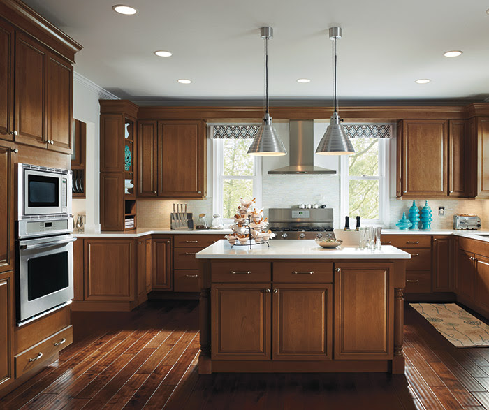 Kitchen with Maple Cabinets - Homecrest Cabinetry
