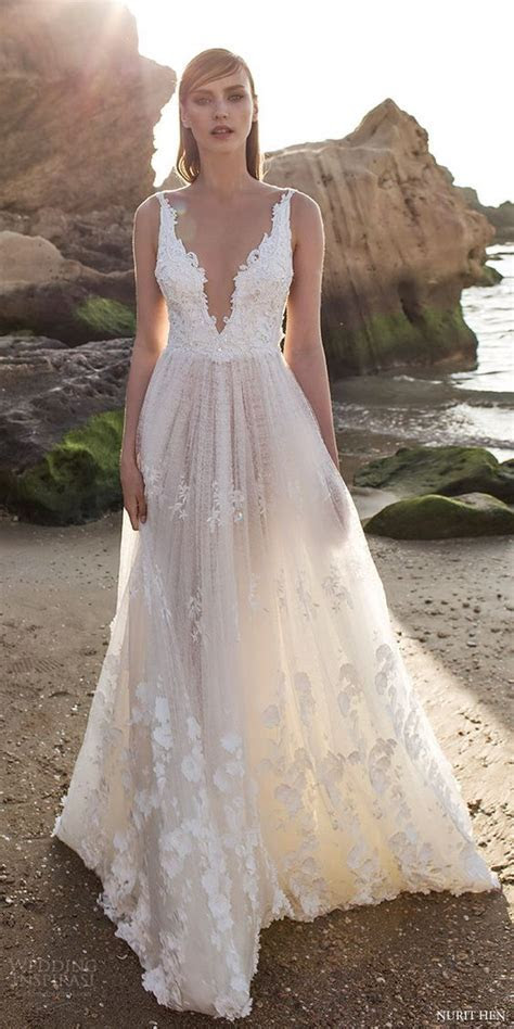 32 Sexy Deep Plunging V Neck Wedding Dresses   Lace
