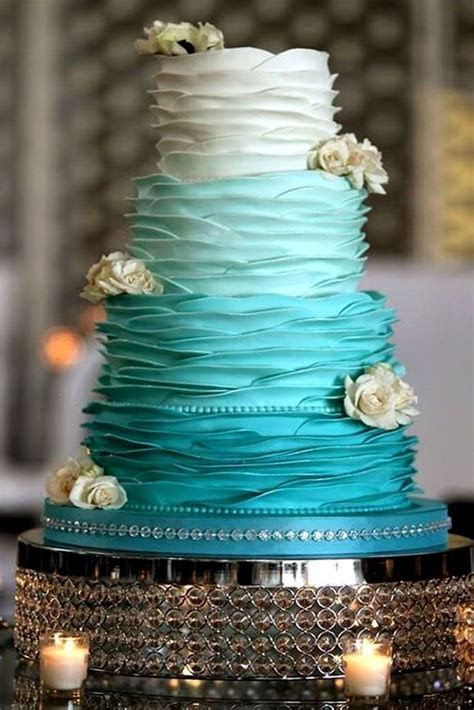 Best 25  Aqua wedding cakes ideas on Pinterest   Beach