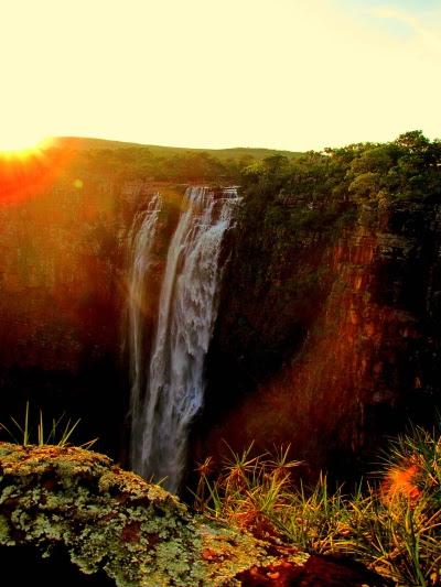 Cachoeira do Jatobá, na parte alta do Parque Estadual Serra de Ricardo Franco. Foto: Renato Moreira/Wikiparques.