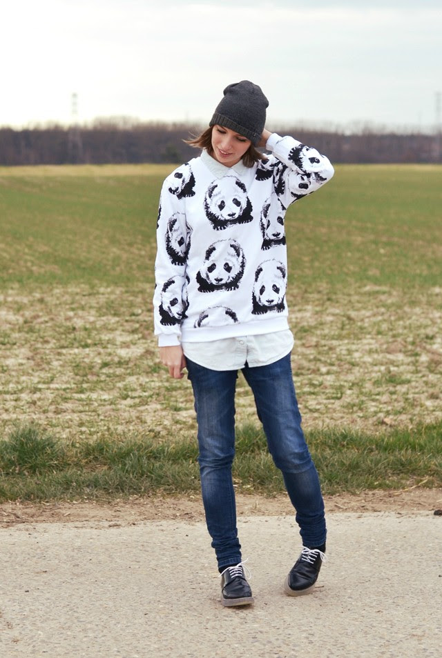 Mr gugu miss go white panda sweater basic collection cheap monday grey hat monki denim oversized shirt zara trf jeans zara trf transparent derby outfit post fashion blogger turn it inside out belgium