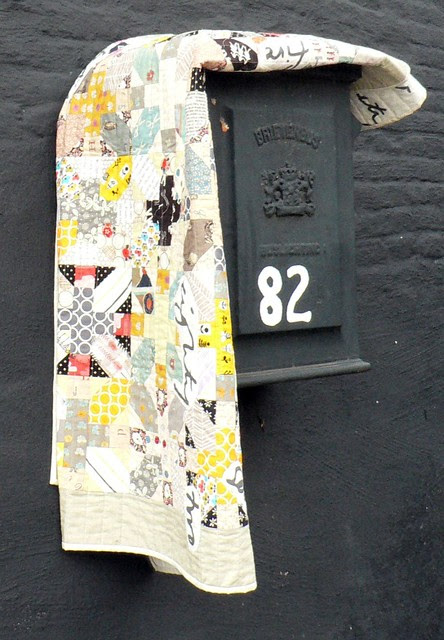 + & X blocks Quilt {postbox}