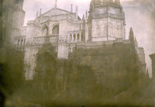 Fachada de la Catedral en junio de 1905. Fotógrafo anónimo. Colección Luis Alba. Ayuntamiento de Toledo