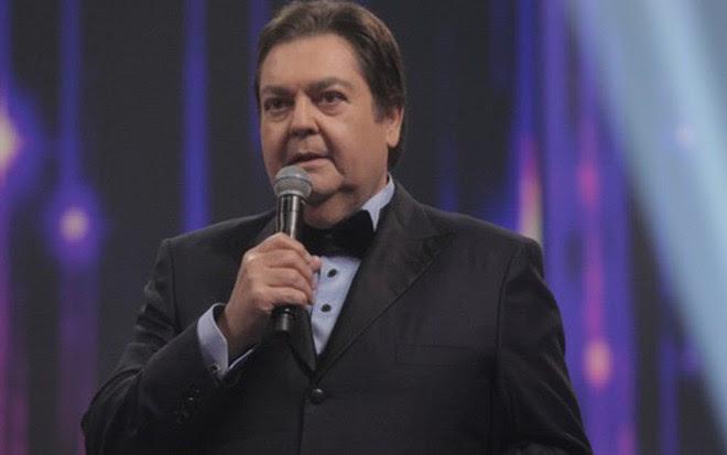 O apresentador Fausto Silva no Troféu Melhores do Ano, em dezembro: stents no coração - Raquel Cunha/TV Globo
