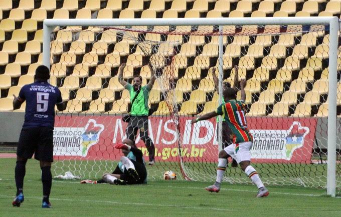 Maranhão empata com o Sampaio e avança à final contra o Moto Club (Foto: De Jesus/O Estado)