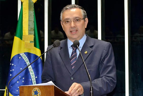 Senador Eduardo Amorim (PSC-SE). Foto: www.portaltobiense.com