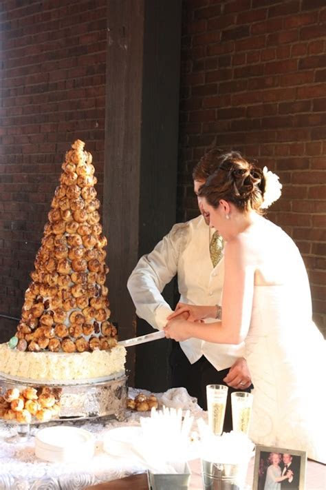 Check out these Wedding Cake Alternatives that will wow