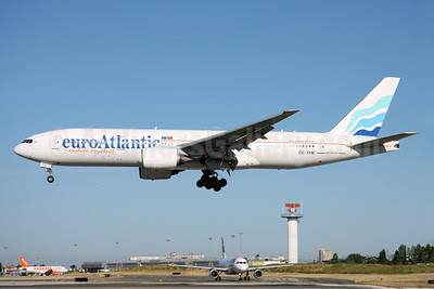 EuroAtlantic Airways Boeing 777-212 ER CS-TFM (msn 28513) LIS (Rui Silva). Image: 908707.