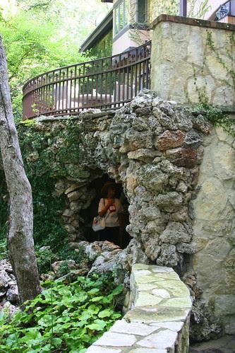 Hegi Garden grotto window
