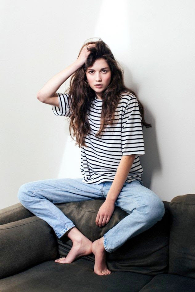 Le Fashion Blog Weekend Style Laid Back Striped Tee Slouchy Denim Boyfriend Jeans Long Wavy Hair Via Katherine Is Awesome