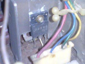 Transistor 2SD2580 di Mainboard