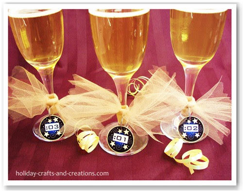 New Years Party Ideas Countdown Champagnewine Charms
