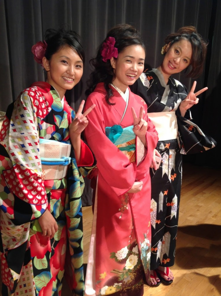 kimono show introduces occasions and styles of japanese