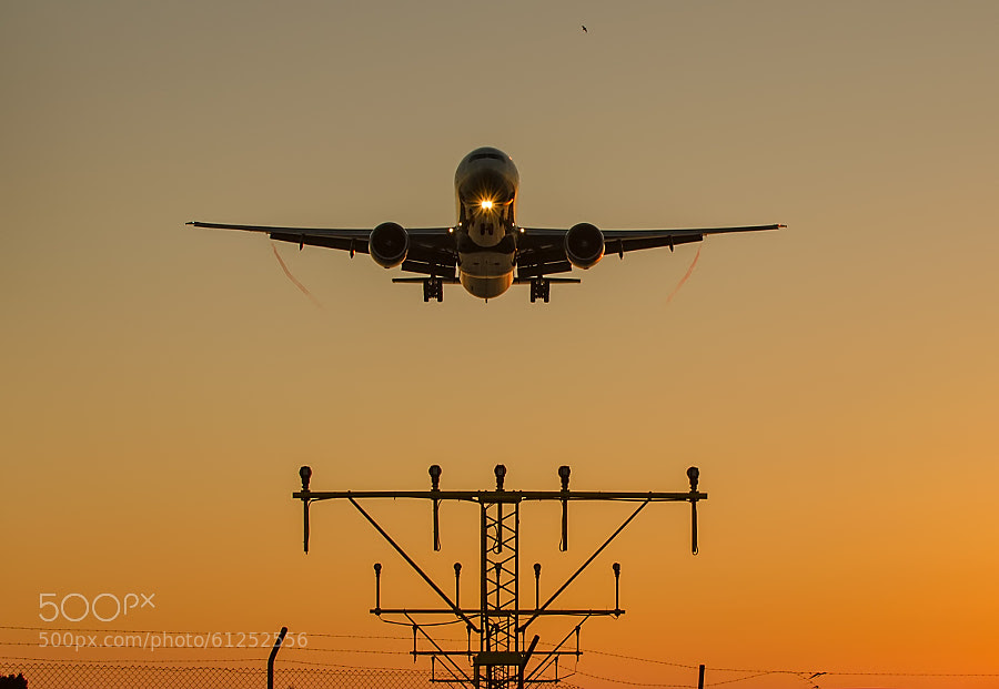 Photograph Landing by Hakan KURT on 500px