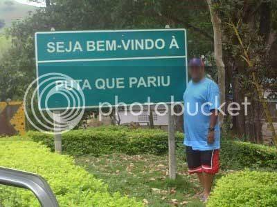 Foto da placa do bairro 'Puta que Pariu' da cidade de Bela Vista de Minas - MG