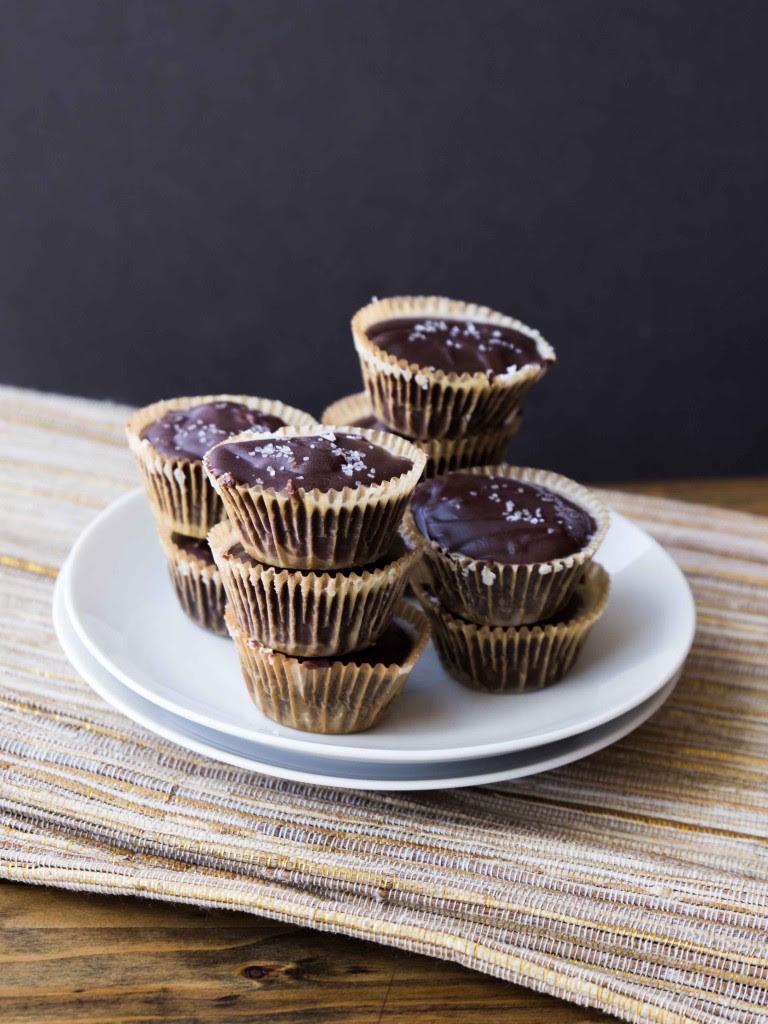 3-Ingredient Fudge Bites | veggieandthebeastfeast.com