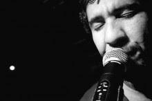 """Rodolfo Abrantes lança single """"Nível raso"""", do novo CD """"R.A.B.T. – Rompendo a Barreira do Tempo"""". Ouça"""